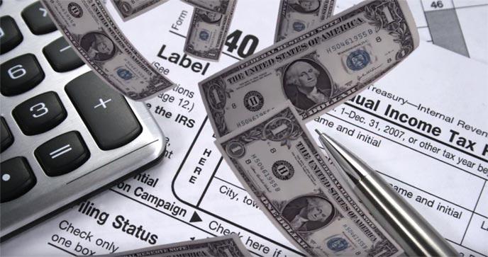車の購入には税金がかかる