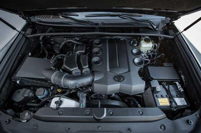 4ランナーに使われているエンジン