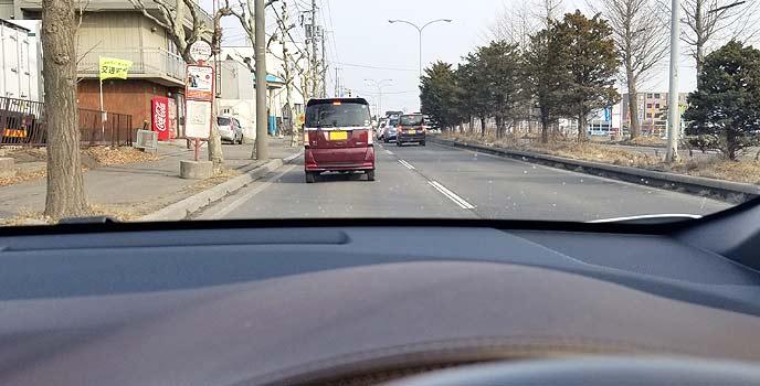 駐車時に車間距離をとる車