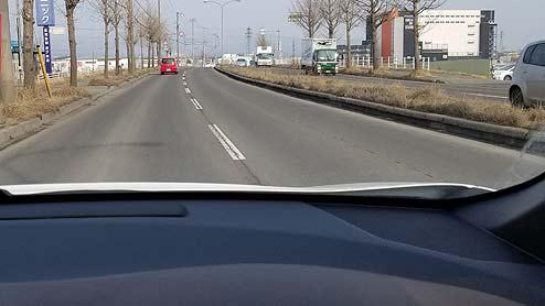 車間距離の目安は車7台分!追突しないための間隔や気持ち