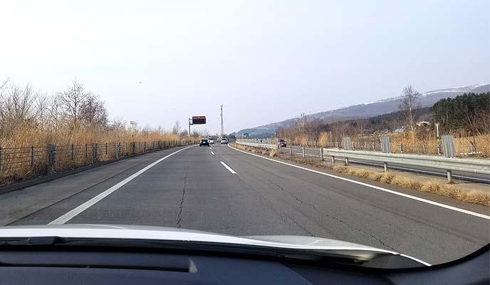 高速道路を走行中