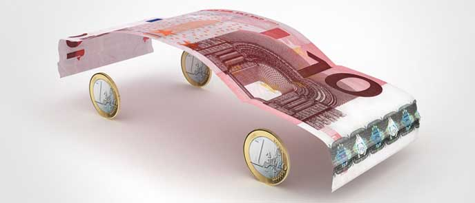 お金でできた車