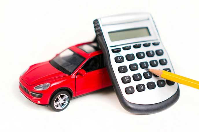 車と維持費を計算する電卓
