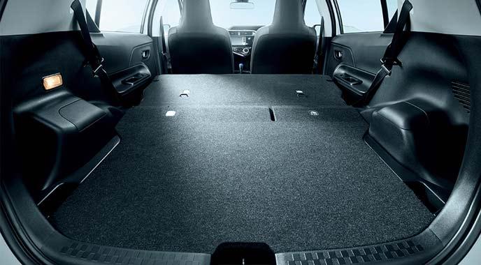 特別仕様車Sビジネスパッケージの荷室スペース
