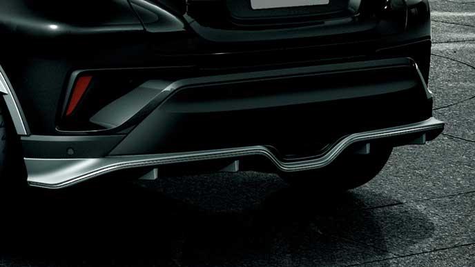 C-HRのメタリックスタイルforトヨタのリヤバンパーガーニッシュ