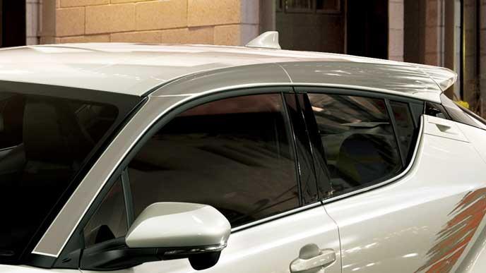 C-HRのスマートスタイルforカローラのピラーデカール