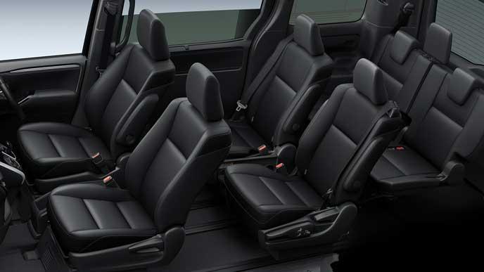 新型エスクァイアの合成皮革×ブラックシート