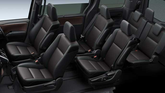 新型エスクァイアの合成皮革×バーガンディ・ブラックシート
