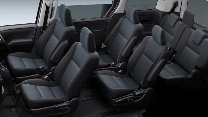 新型ノアのブラックシート