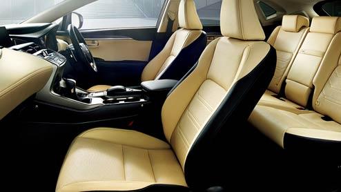 レクサスNXの内装は高級感とスポーティが融合するデザイン