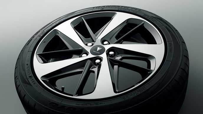 モデリスタ For HYBRID ZS・ZSの18インチアルミホイール・タイヤセット