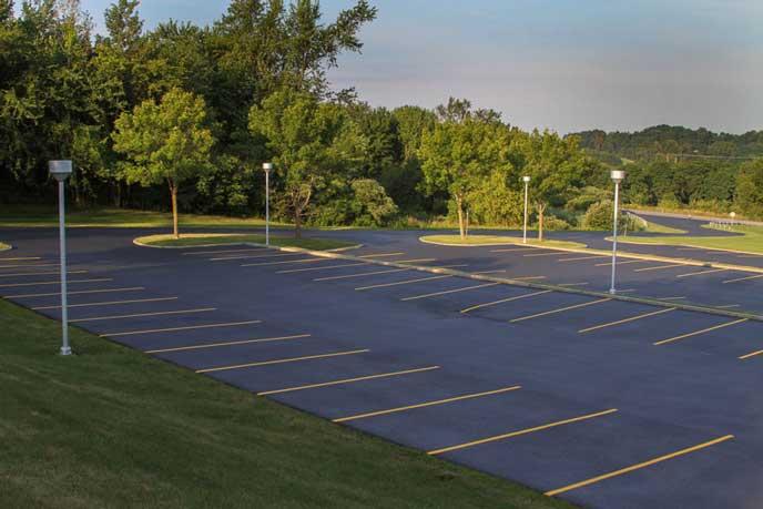 住宅街にある広大な駐車場