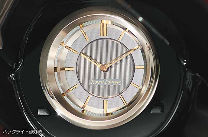 Royal Loungeの専用アナログ時計
