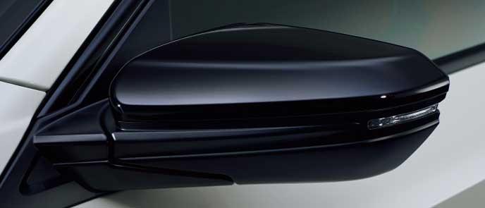 新型シビックタイプRのクリスタルブラック・パールドアミラーカバー