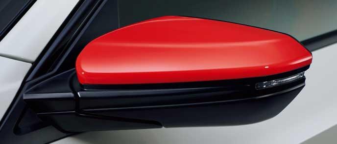新型シビックタイプRのフレームレッドドアミラーカバー