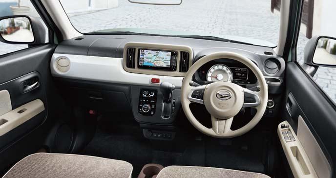 安全な軽自動車ミラトコットのインテリア