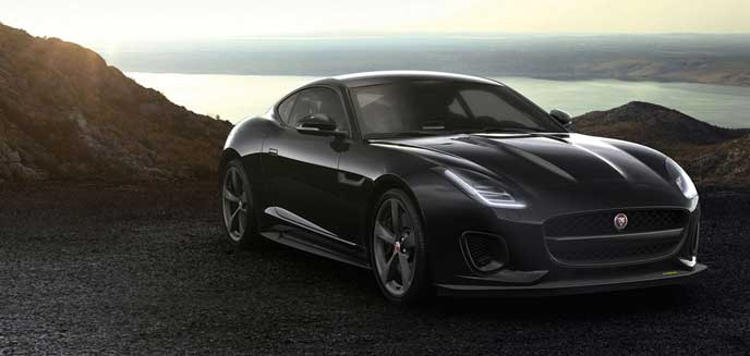 ジャガーのF-TYPE 400 SPORT COUPE