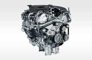 ジャガーF-PACEに搭載されるエンジン