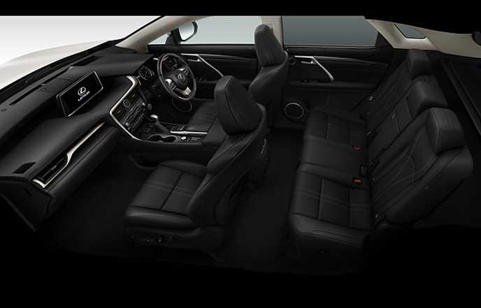 新型レクサスRXのブラックのセミアニリン本革シート