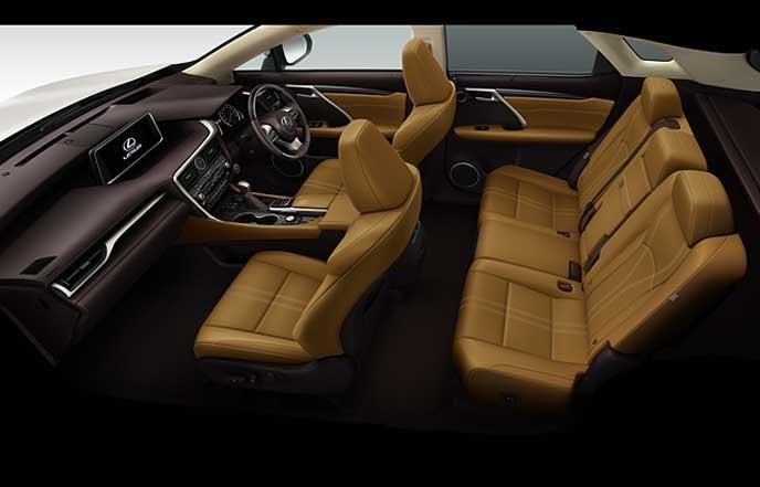 新型レクサスRXのトパーズブラウンのセミアニリン本革シート