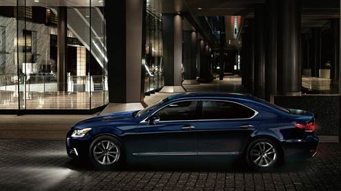 レクサスとトヨタの違いは品質管理やオーナーサービスにある