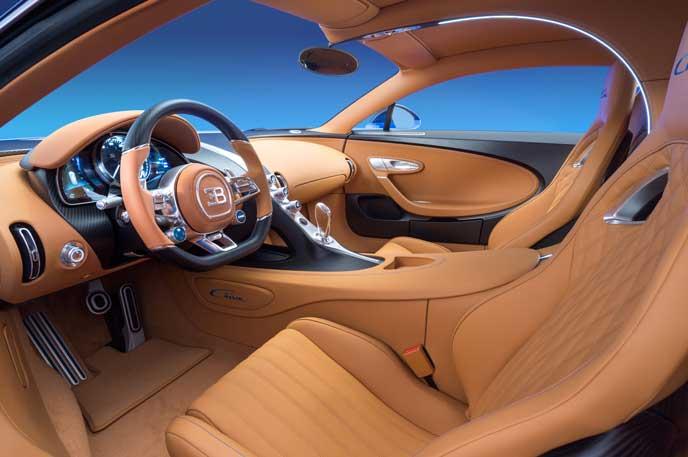 世界一速いブガッティ シロンの内装
