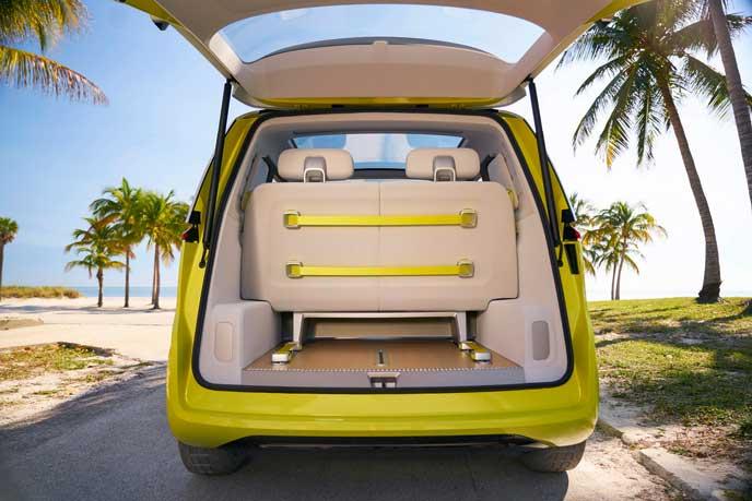 VWの新型EV車ID BUZZの荷室