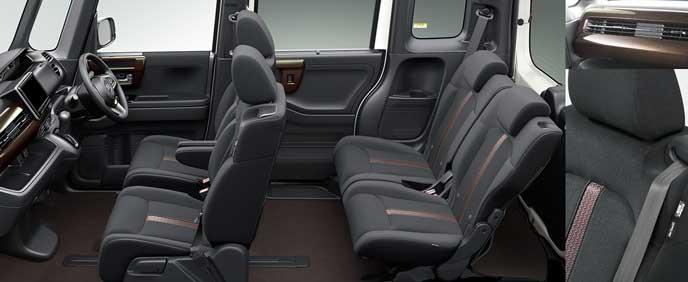 新型N-BOXカスタムのシート
