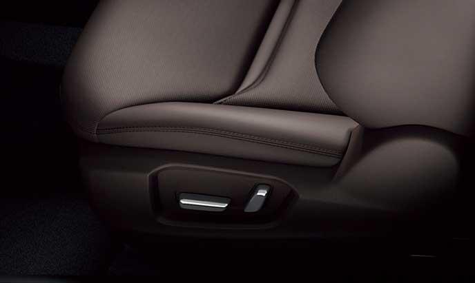 新型CX-8のパワーシートスイッチ