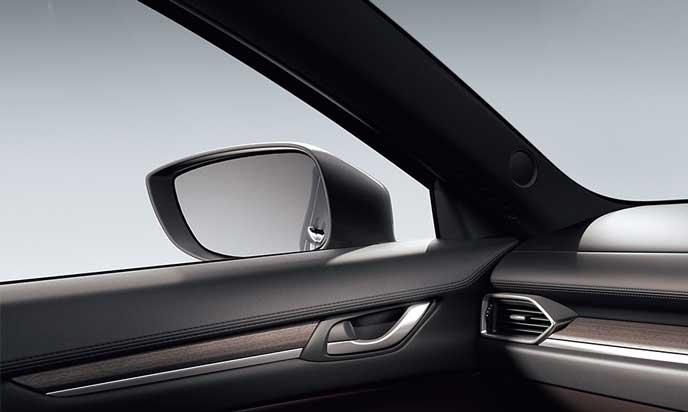 新型CX-8のサイドガラス