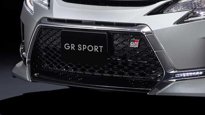 新型マークX GRスポーツのフロントスポイラー