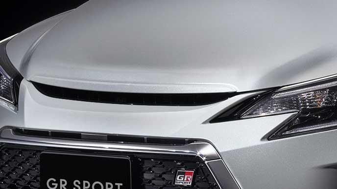 新型マークX GRスポーツのヘッドライト
