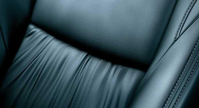 新型パジェロスポーツのシート表皮