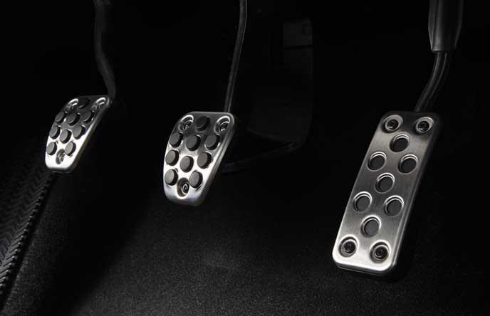 新型シビック タイプRのステンレスペダル