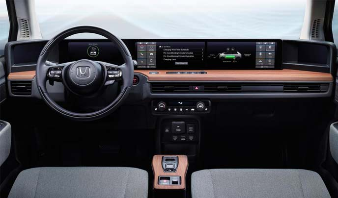新型電気自動車「Honda e(ホンダ イー)」のインテリア