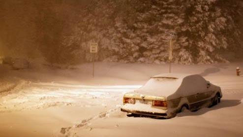 車中泊を冬に安全に楽しむための秘訣と寝袋などの防寒グッズ