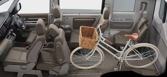 自転車も乗る新型ステップワゴン