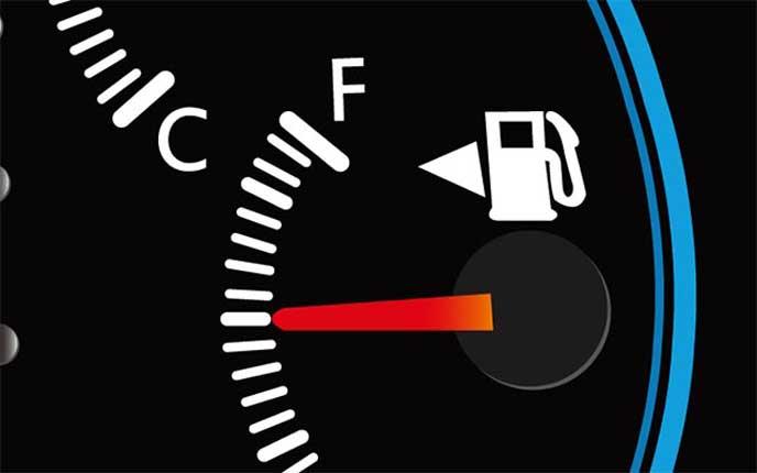 給油口を示すガソリンメーター