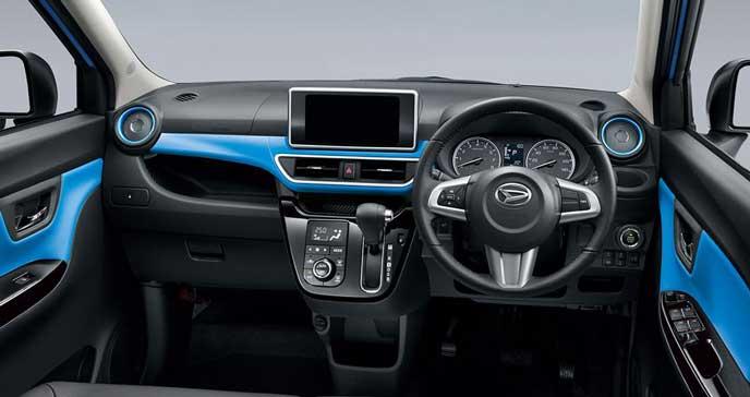 ブルーインテリアカラーの新型キャストアクティバ