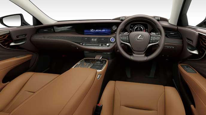 レクサス新型LSの内装色 本革とセミアニリン本革 トパーズブラウンのフロントシート