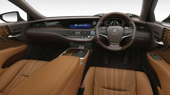 レクサス新型LSの内装色 L-ANILINE本革 キャメルのフロントシート