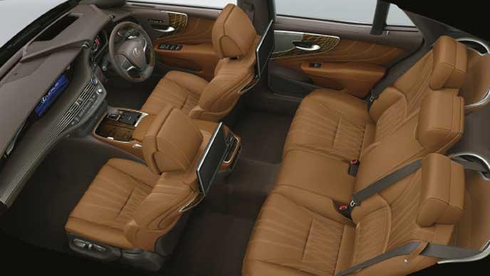レクサス新型LSの内装色 L-ANILINE本革 キャメル