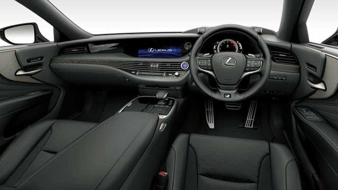 レクサス新型LSの内装色 ウルトラスエード ブラック&ホワイトグレーのフロントシート