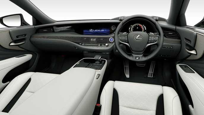 レクサス新型LSの内装色 ウルトラスエード ホワイトのフロントシート