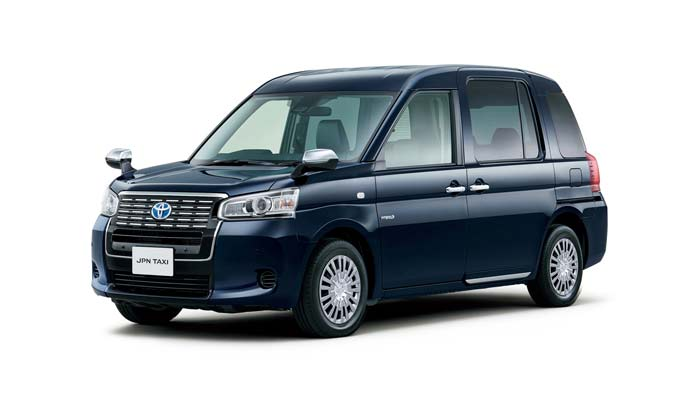 車いすの乗降性を改善したジャパンタクシー