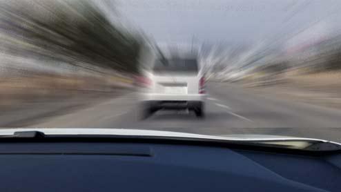 煽り運転をされないための対策と煽られた時の対処法