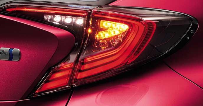 C-HR特別仕様車LEDエディションのリヤコンビネーションランプ