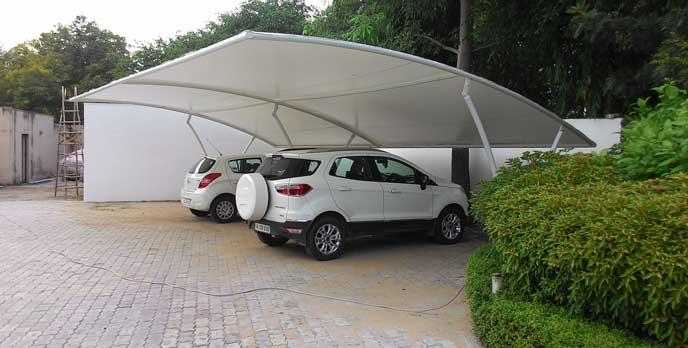 タイヤ交換に適した広い駐車場