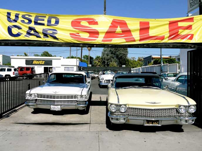 中古販売されるクラシックカー