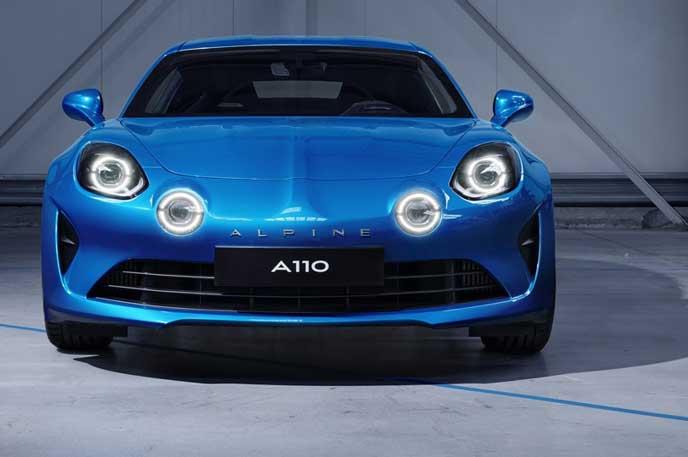 新型アルピーヌ A110のフロントビュー